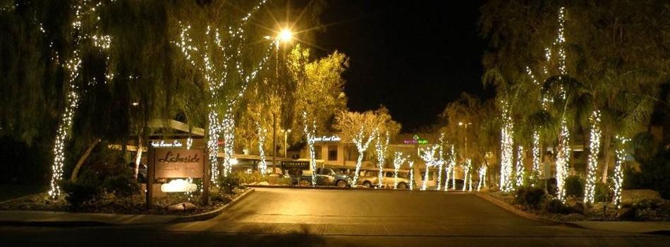 Nightime-Entrance-to-Lakeside-Center-e1398262612818