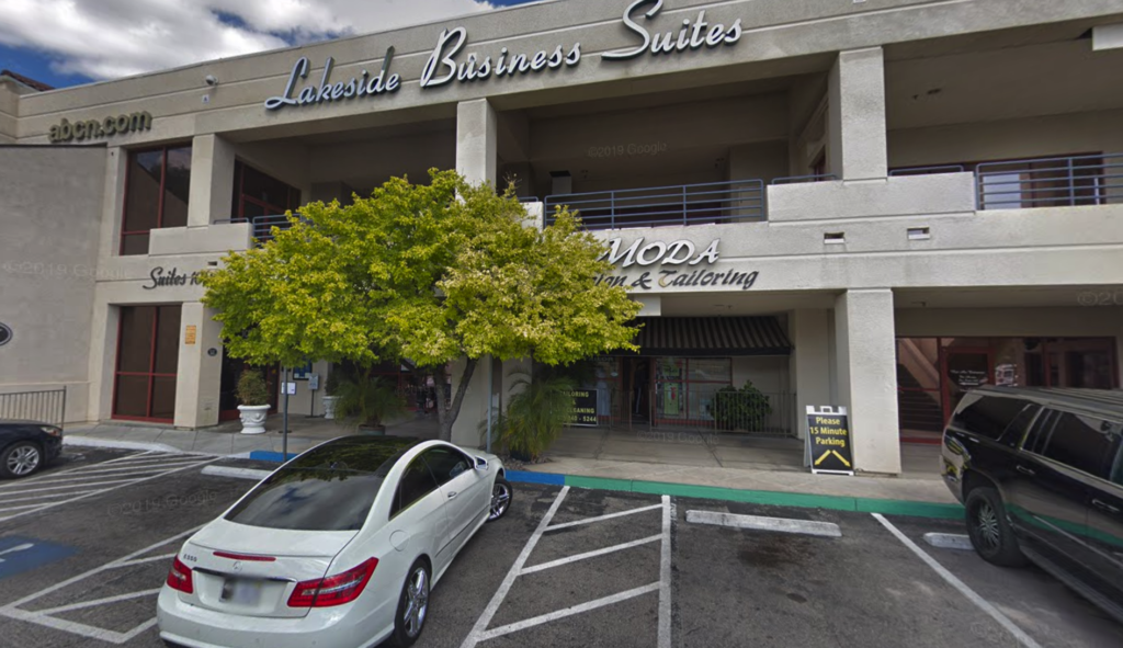 Exterior Building Image of Moda Tailors at Lakeside Event Center